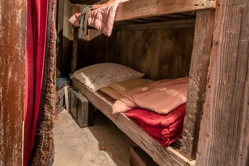 Original jewish workers bedroom in Oskar Schindler factory